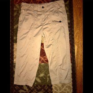 Ladie's Capri Pants